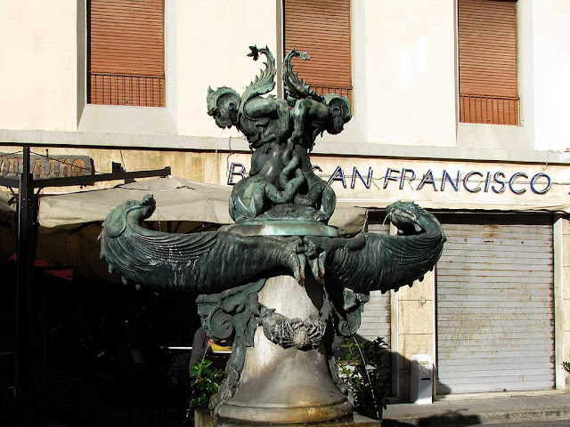 Fountain with sea monster by Pietro Tacca, copy, Livorno
