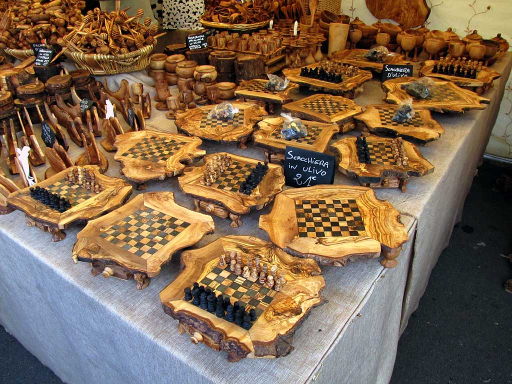 Olive wood chess boards, food market, Livorno
