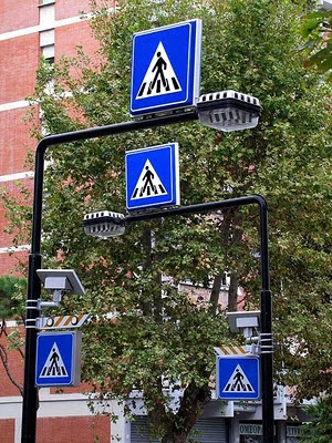Solar powered pedestrian crossing signs, Livorno
