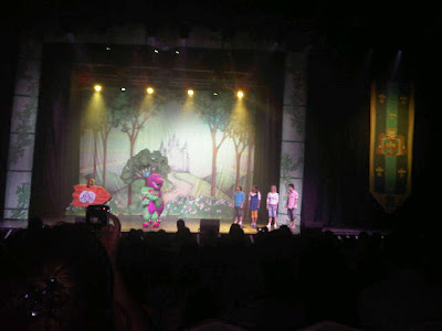Every Little Thing Barney S Show Kuwait