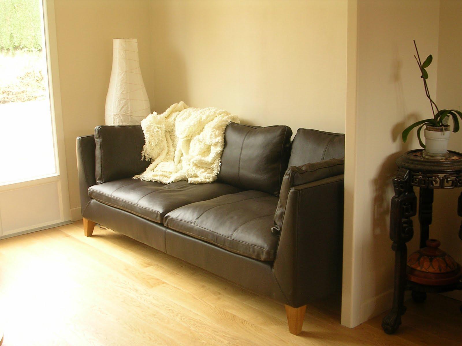 sarah et fran ois un beau carrelage tout neuf et un beau canap. Black Bedroom Furniture Sets. Home Design Ideas