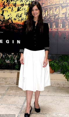 Katie Holmes pics, Katie Holmes photos, Katie Holmesimages in diffrent dresses, Katie Holmes