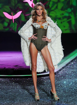 Victoria's Secret fashion show 2009 hot photo