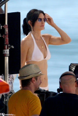 Courteney Cox Bikini photo