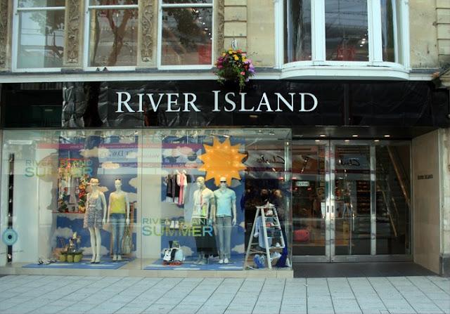 River-Island-en-cardiff