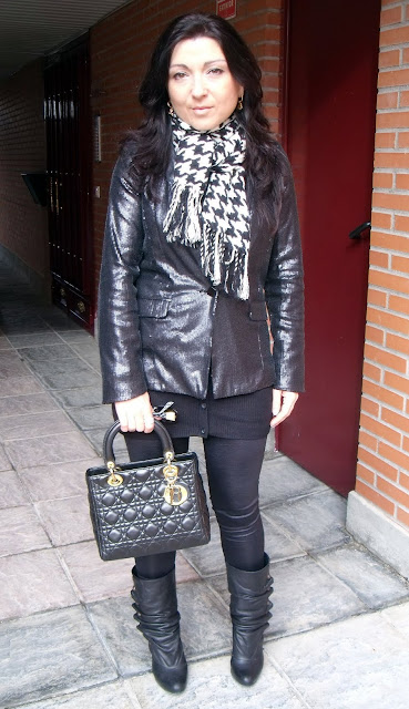 outfit-con-bolso-lady-dior