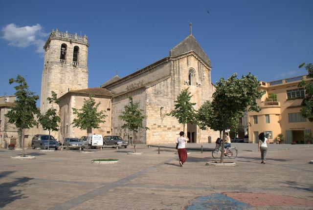 plaza-de-besalú