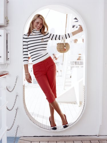 cruise fashion in blue white and red fashion nautical style