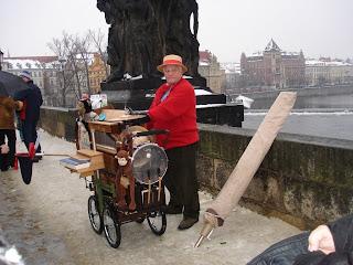 Шарманщик на Каловом мосту