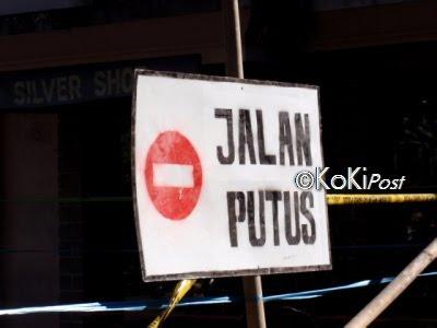 KP+Jl+Putus Hubungan Lalu Lintas Tarutung Sipirok Terancam Putus