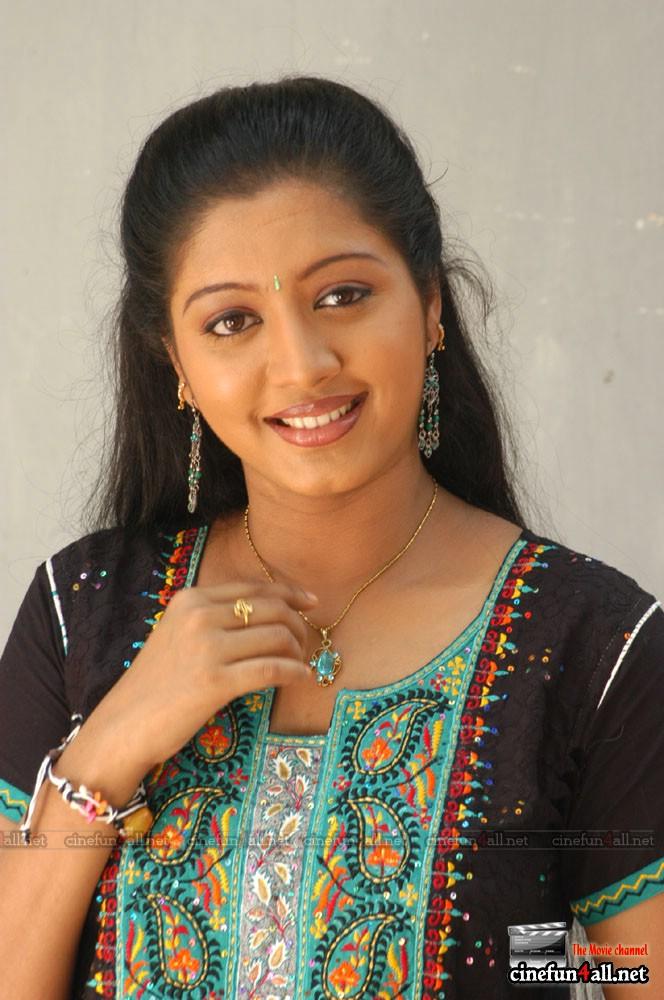 HOT R NOT: mallu actress hot photos