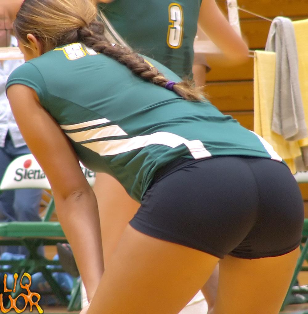Where Volleyball girls ass touch