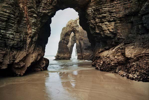 playa de las catedrales leyenda