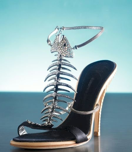 These shoes are not made for walking: Chaussures d'avril !