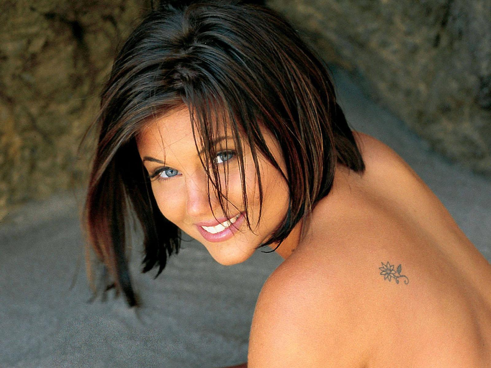 Girls embarrassed nude public canada