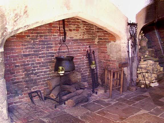 The Tudor Medieval Jacobean Queen Anne Dollhouse