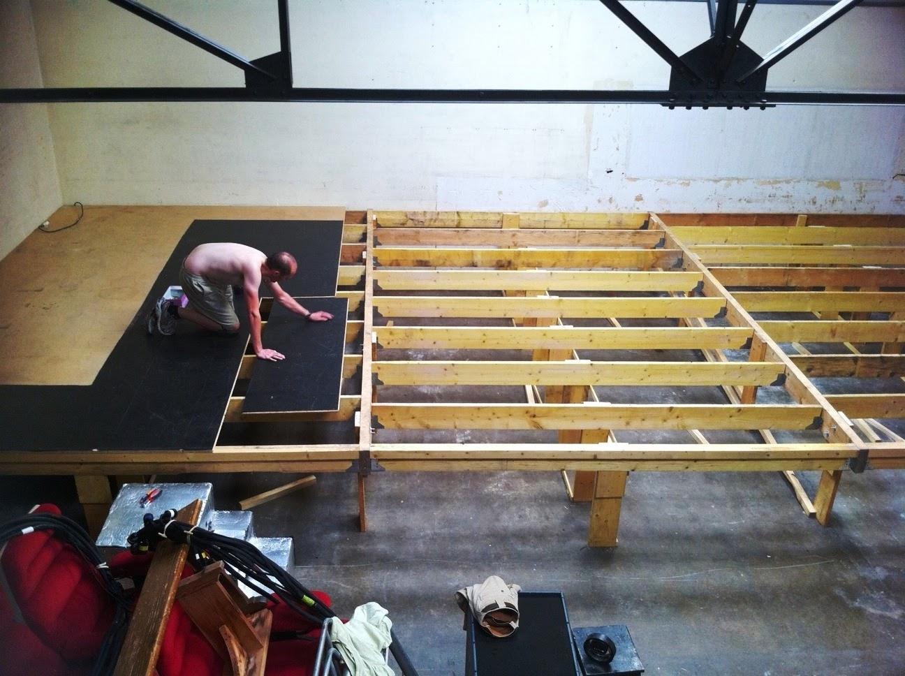 cie quai ouest un th tre en r novation. Black Bedroom Furniture Sets. Home Design Ideas