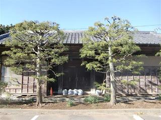 小坂家の長屋門