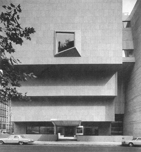 Tue Classic. Whitney Museum Of American Art Ny