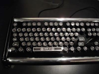 Datamancer Deco Keyboard Is A Reminder Of Typewriter Keyboards
