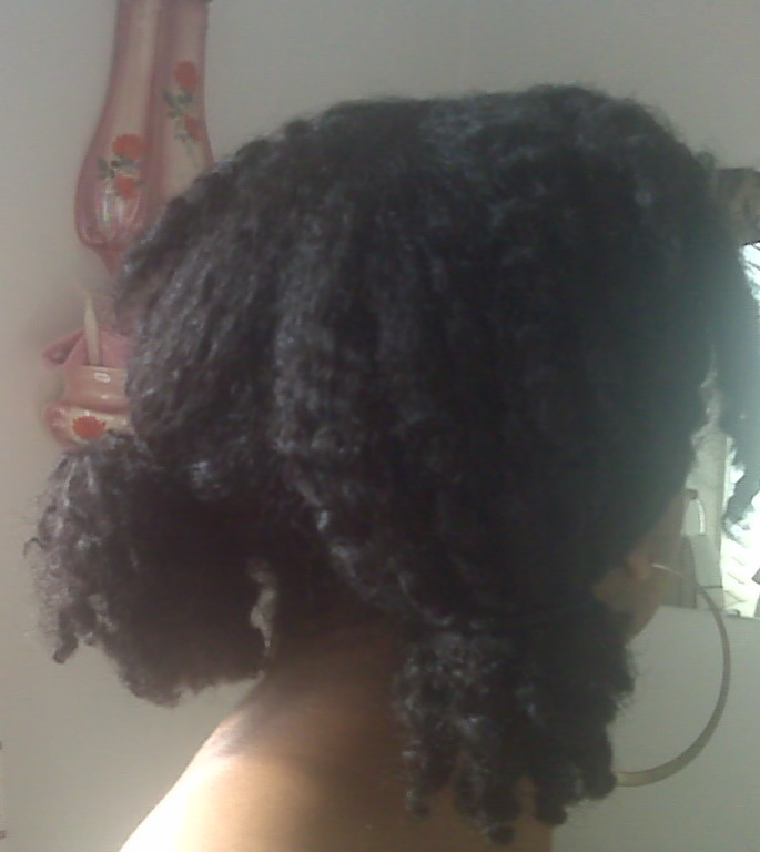 CurlyTD Shows Off Her 'Bedroom' Hair