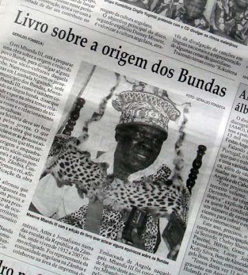 """Recorte do """"Jornal de Angola"""": Livro sobre a origem dos Bundas (clique para ler o texto)"""