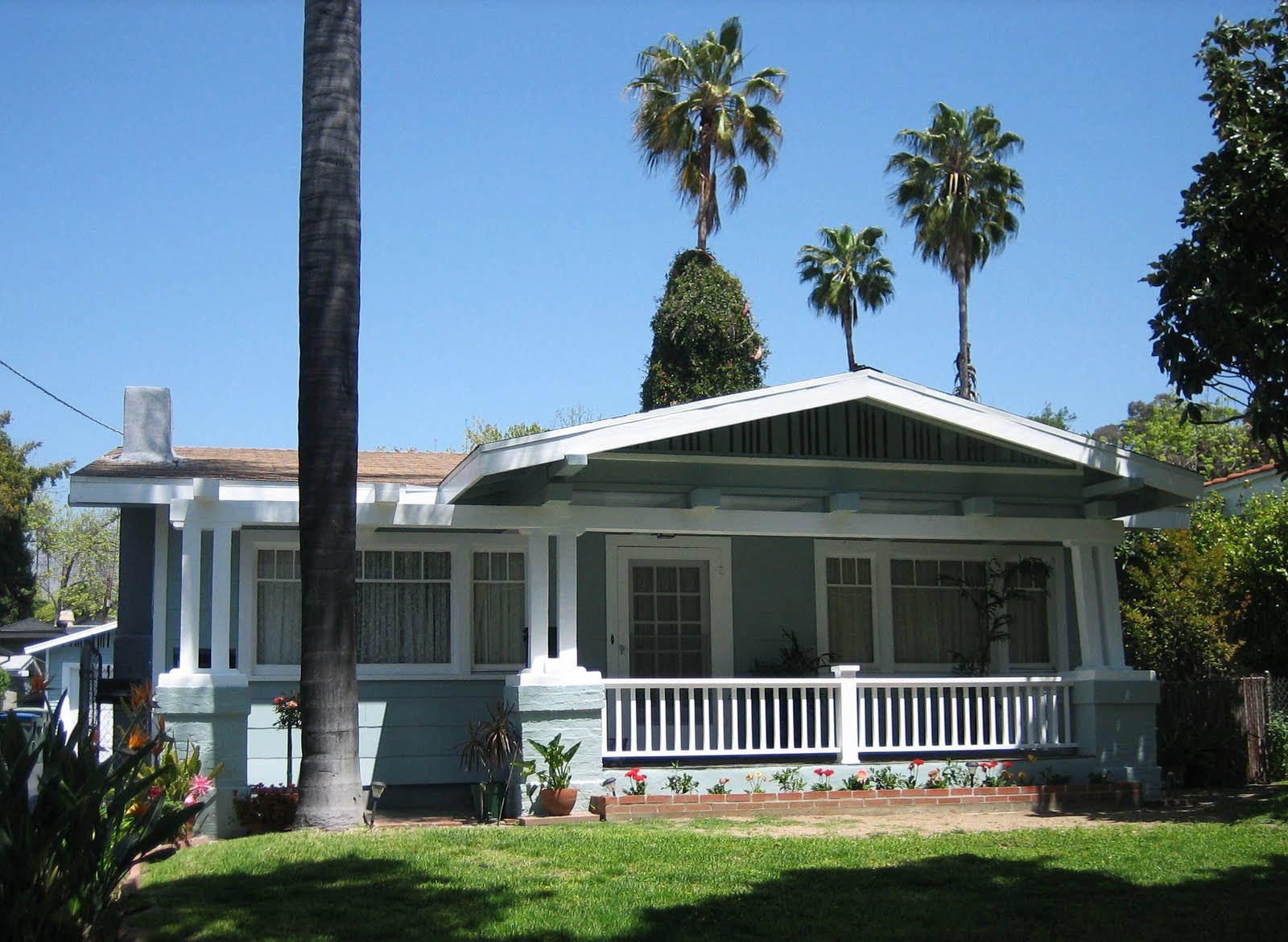 L a places bungalow heaven - What is a bungalow house ...