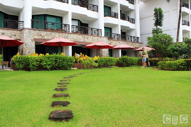 Well-manicured lawn at Bintan Lagoon Resort
