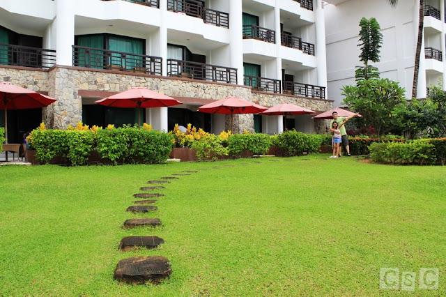 Well-manicured lawn at Bintan Lagoon Resort
