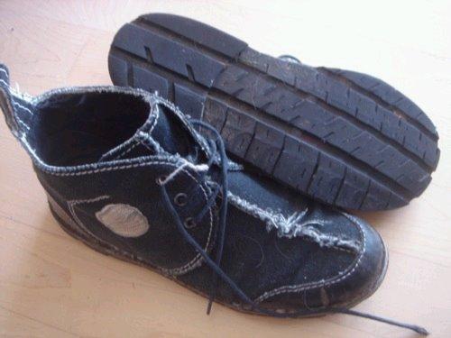 [shoe.bmp]