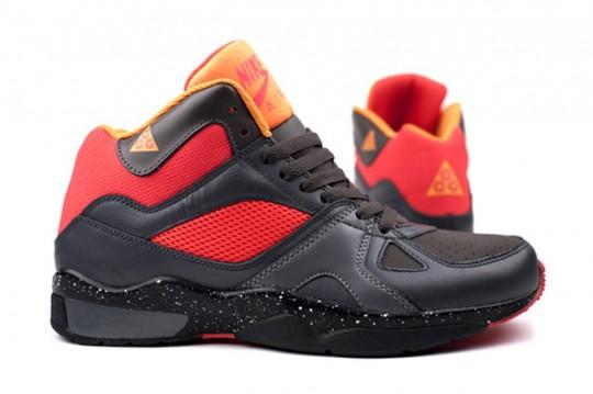 huge discount 518c2 030f9 Nike ACG wprowadził nowy Air Escape w kolekcji Fall Winter 2010. Buty są w  przyjaznej kolorystyce dla kolekcji ACG, sportowa szaro-czarna i czerwona  ...
