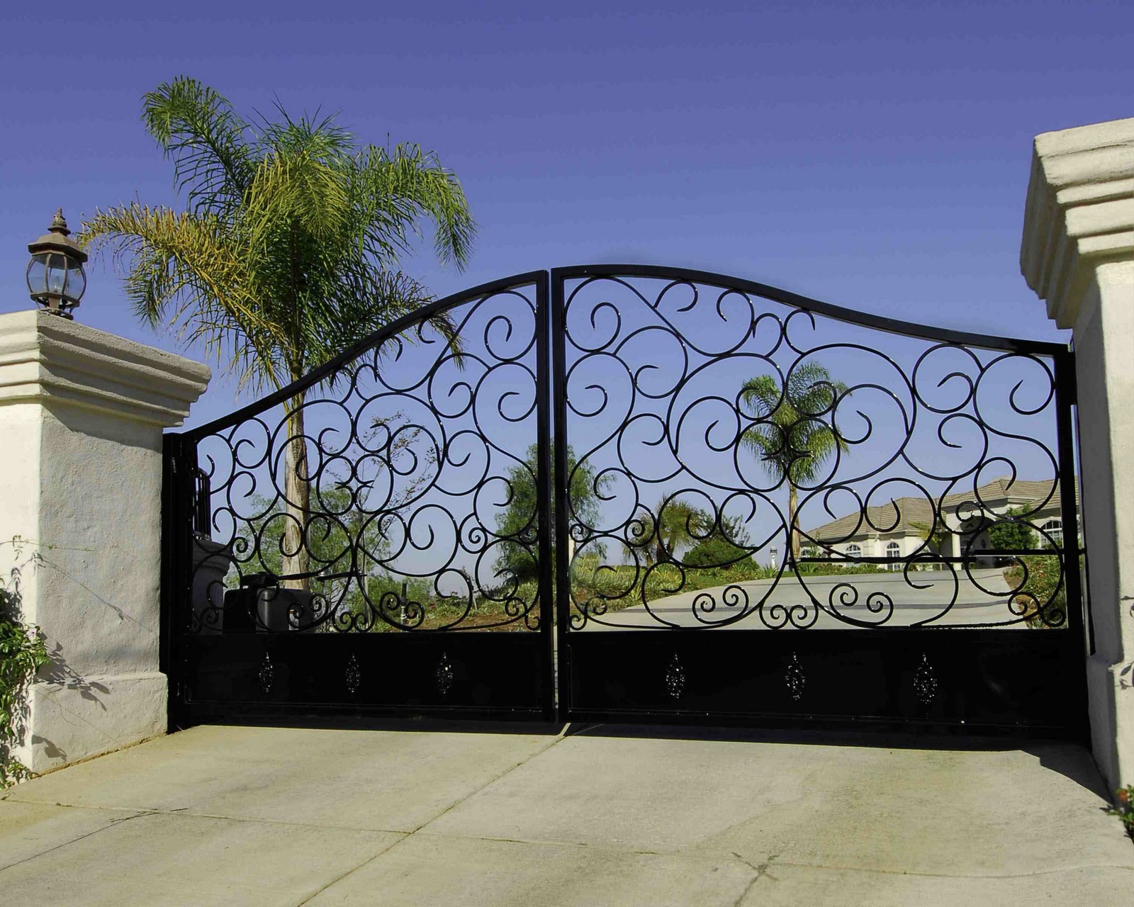 Lomonaco S Iron Concepts Amp Home Decor Custom Driveway