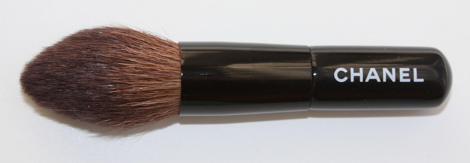b83002dfbe3 Pondering Beauty  Les Minis de Chanel - The Mini Brush Set