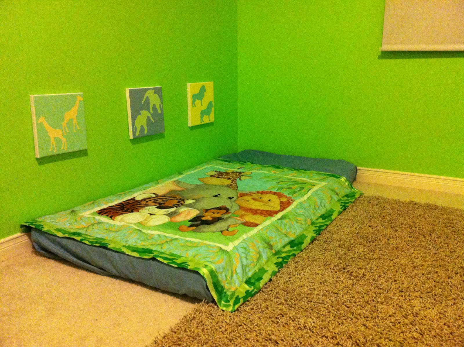 our new infant montessori floor bed i 39 m a teaching mom. Black Bedroom Furniture Sets. Home Design Ideas