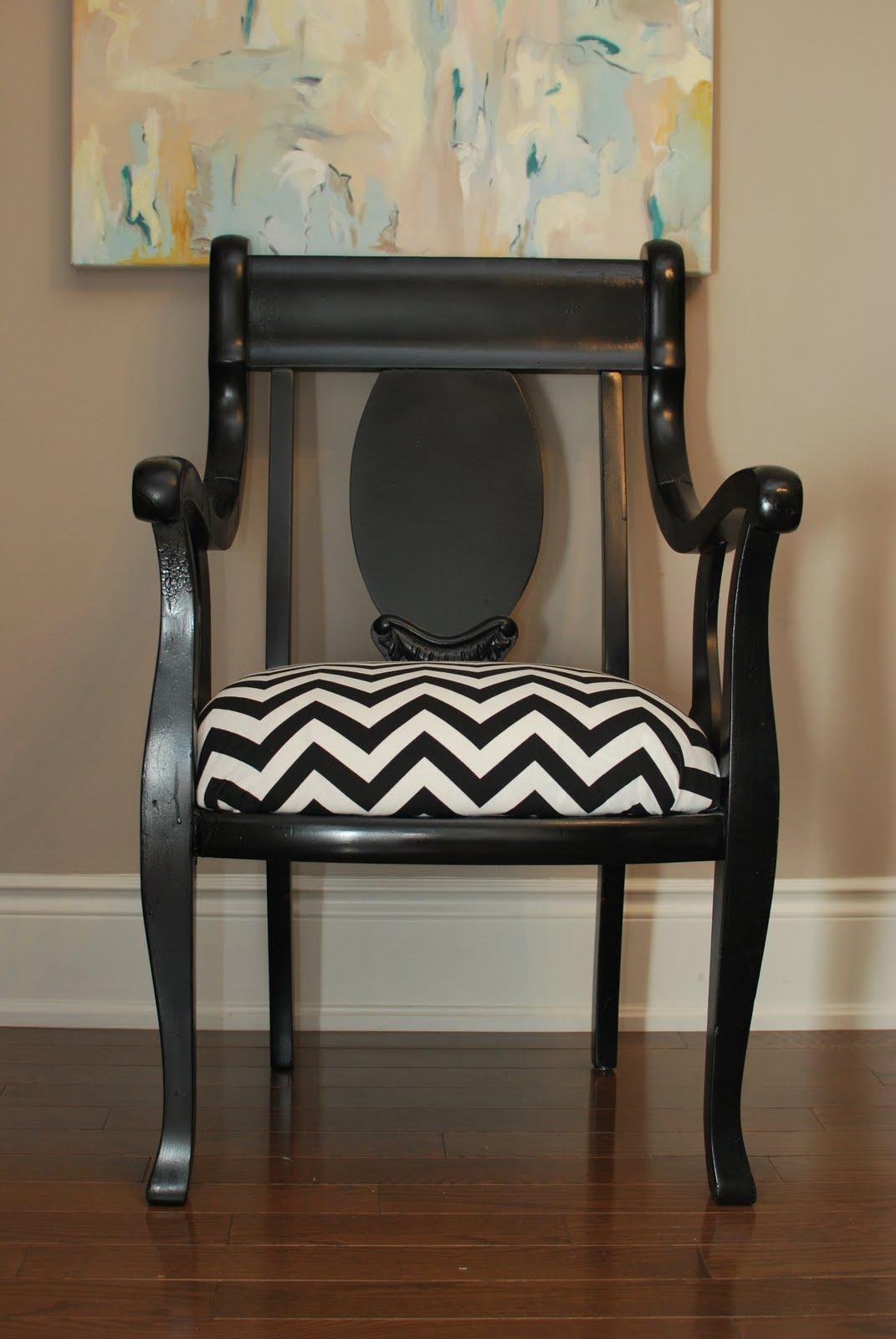 http://4.bp.blogspot.com/_Cq9ZHL9A6G0/THL0-mdhiRI/AAAAAAAAE04/uUITKsZ7peo/s1600/diy+chair+030.JPG