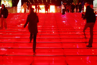Nyc Nyc The Glowing Ruby Red Stairs Of Tkts