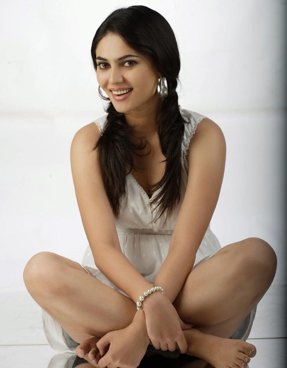 Hot Sexy Actress Sherin Photos 2011 Stills ~ Hot Movie Photos