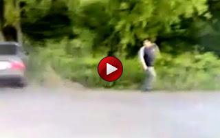 Video: Ατύχημα την ώρα που κάνει την ανάγκη του…
