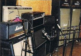 Guitars and Amps: The Quest for Tone: January 2011