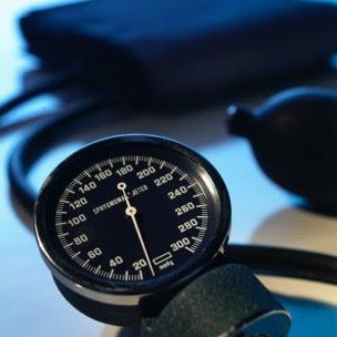 Anda sanggup menurunkan resiko penyakit Hypertensi  Tips Menurunkan Tekanan Darah