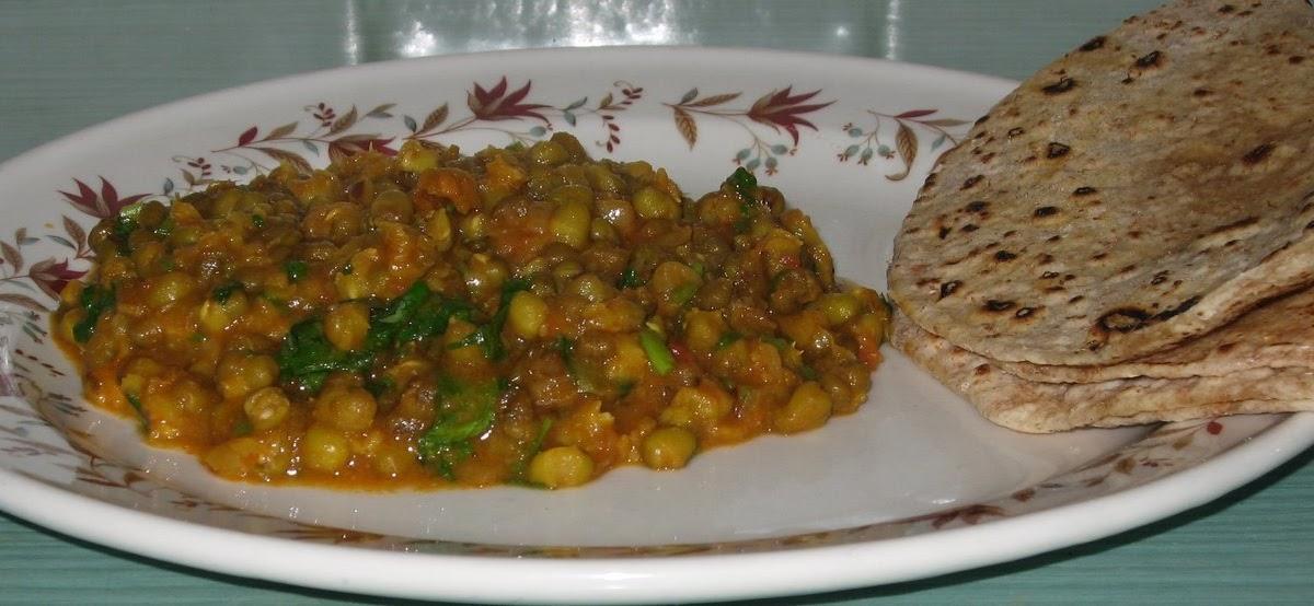Chachis Kitchen Mung Moong Jo Shaak Mung Bean Curry