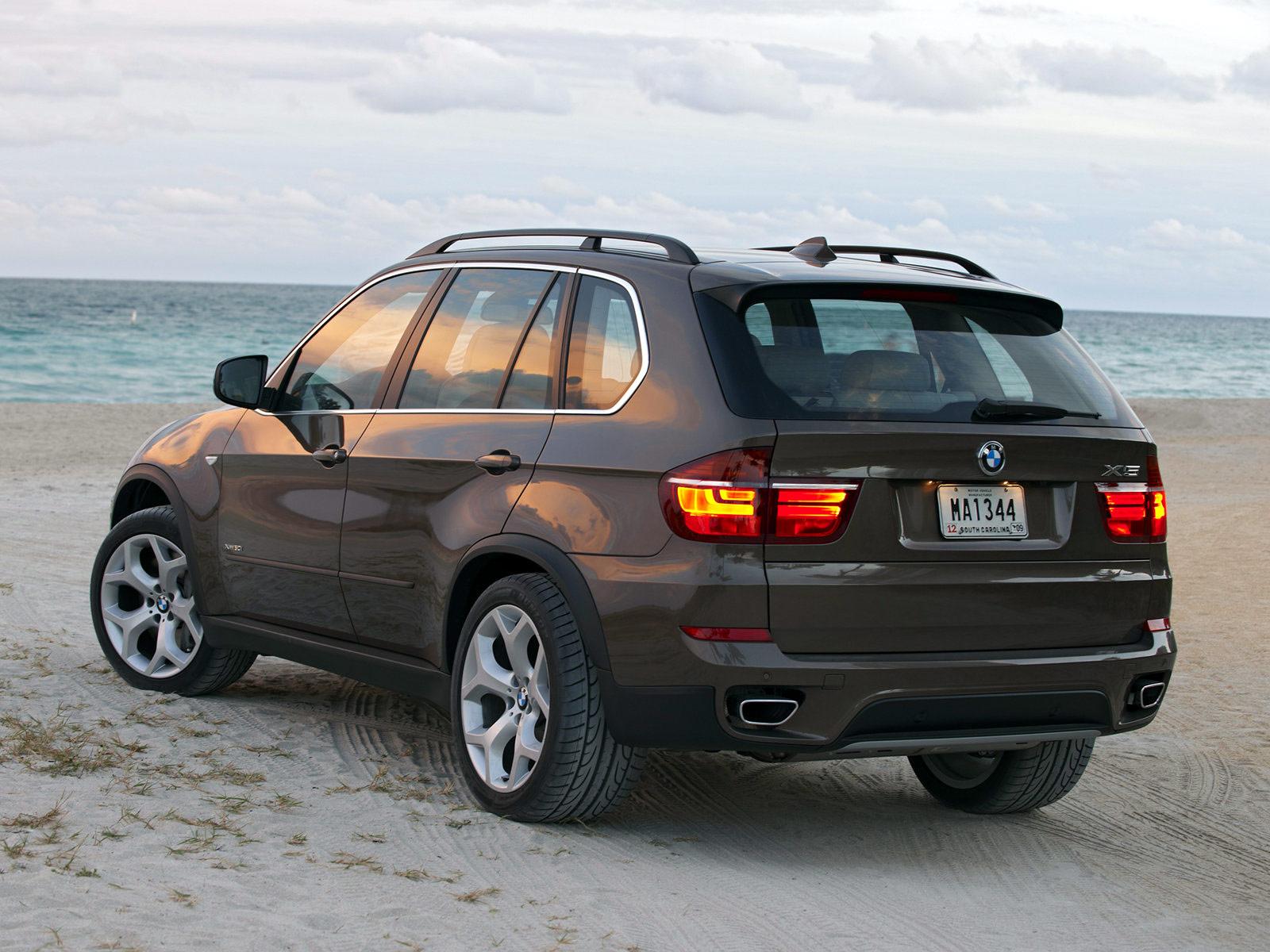 2011 BMW X5 Car Insurance Information