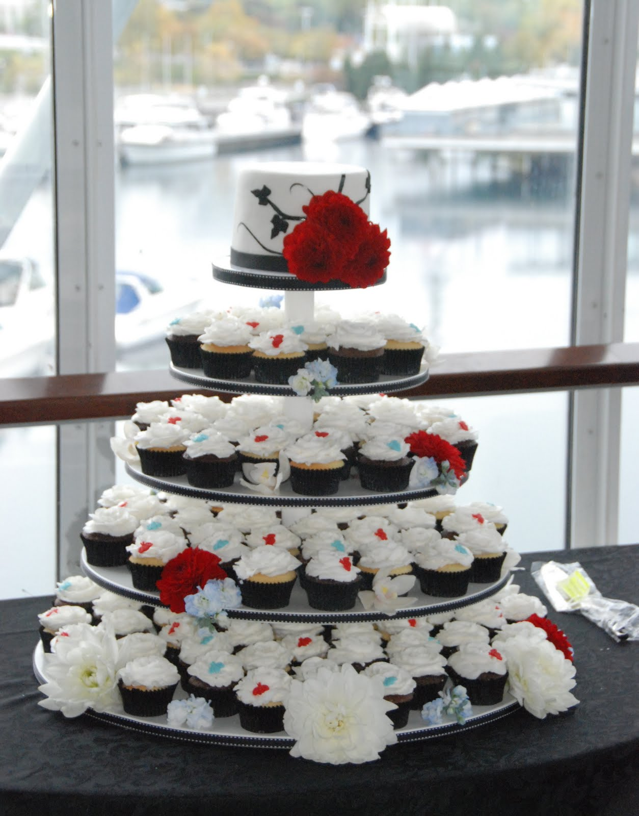 Black White Wedding Cupcakes With Red Blue Bee Accents To Match Invitations Chocolate Vanilla Bean Icing In Shape Of A Rose