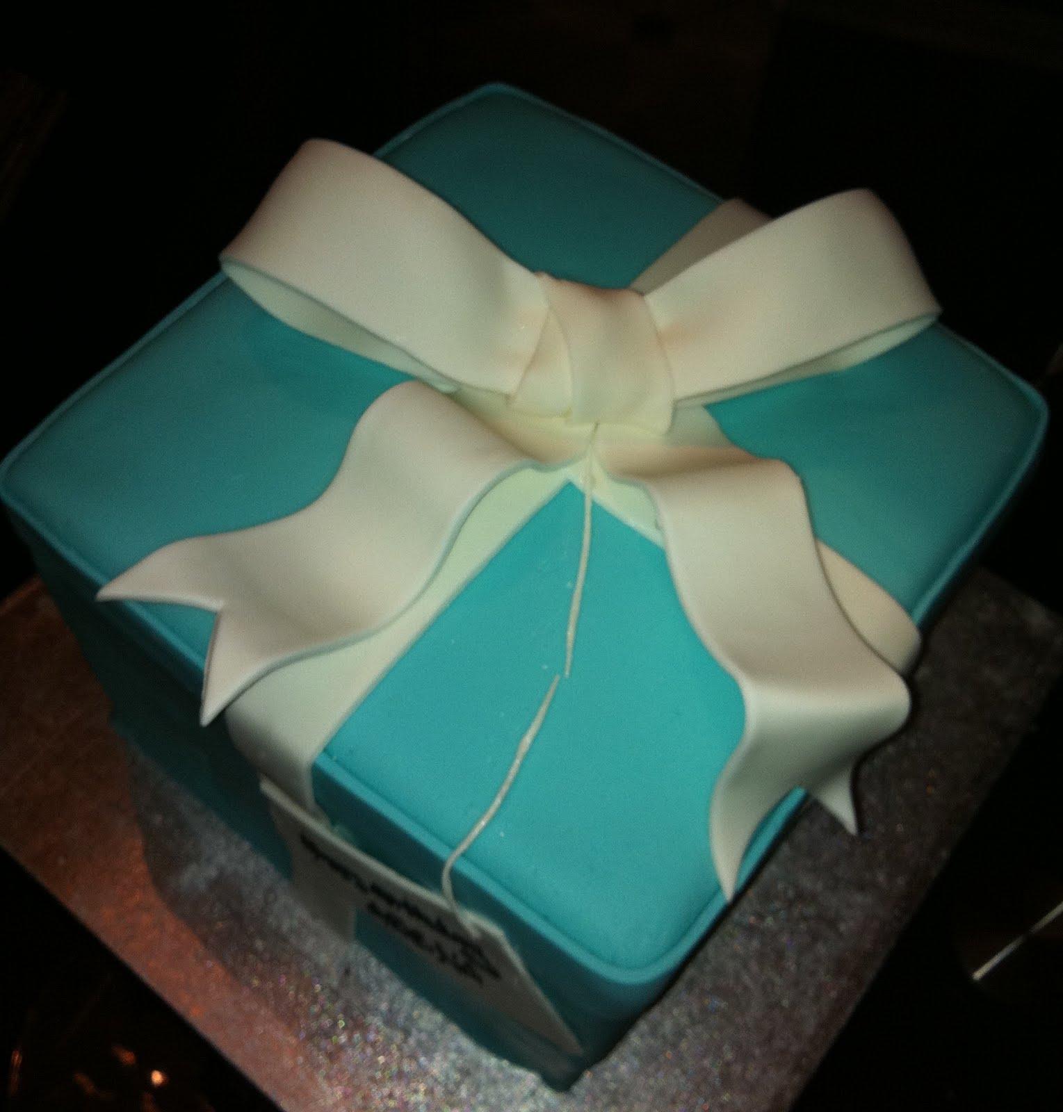 Jocelyn S Wedding Cakes And More Tiffany Box Cake