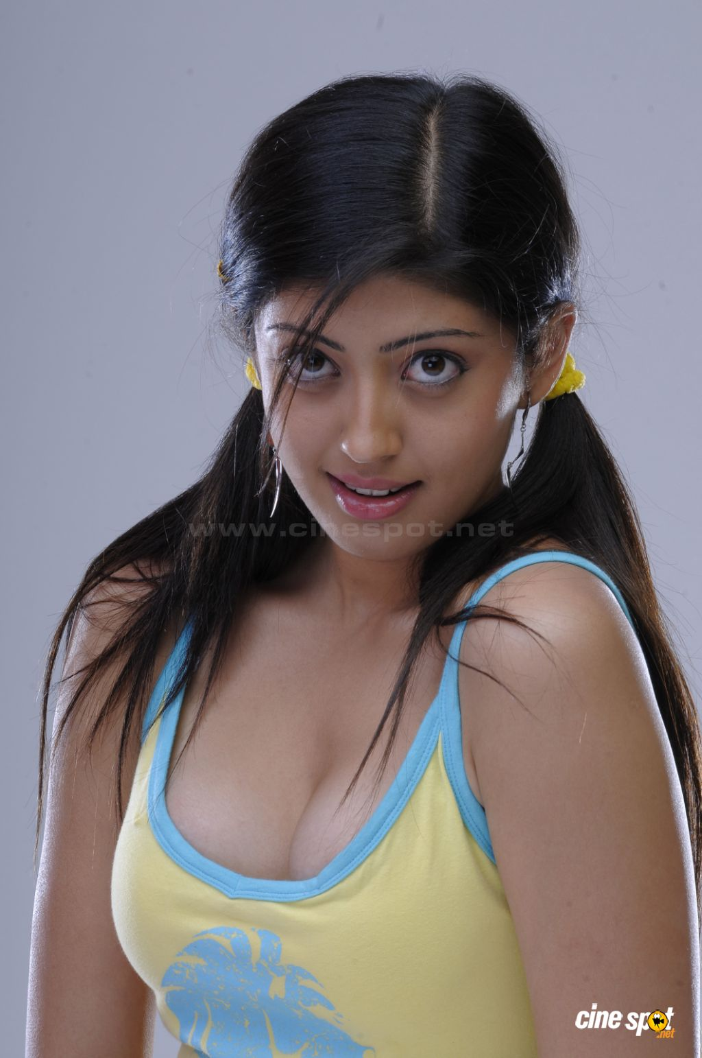 Hot sexy images pranitha