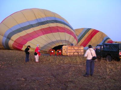 Imagini safari: balon in Masai Mara