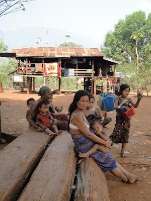 Sat din Laos