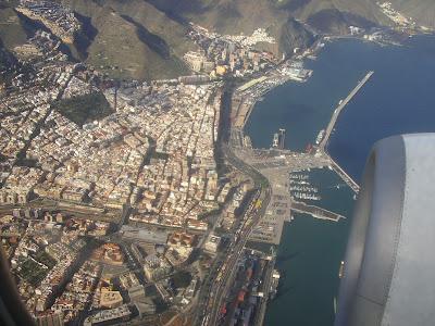 poza din avion - orasul Santa Cruz