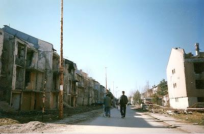 Imagini Sarajevo: urmele razboiului in Sarajevo, printre mine
