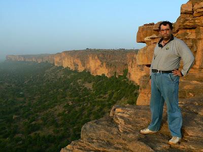 Imagini Mali: Begnimato Pays Dogon pe escarpement